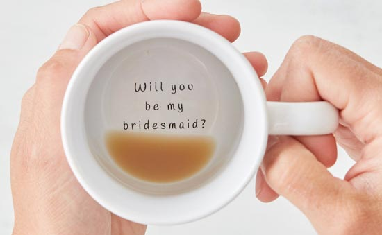 Mugg med texten Will you be my bridesmaid