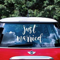 Bildekal med texten Just Married